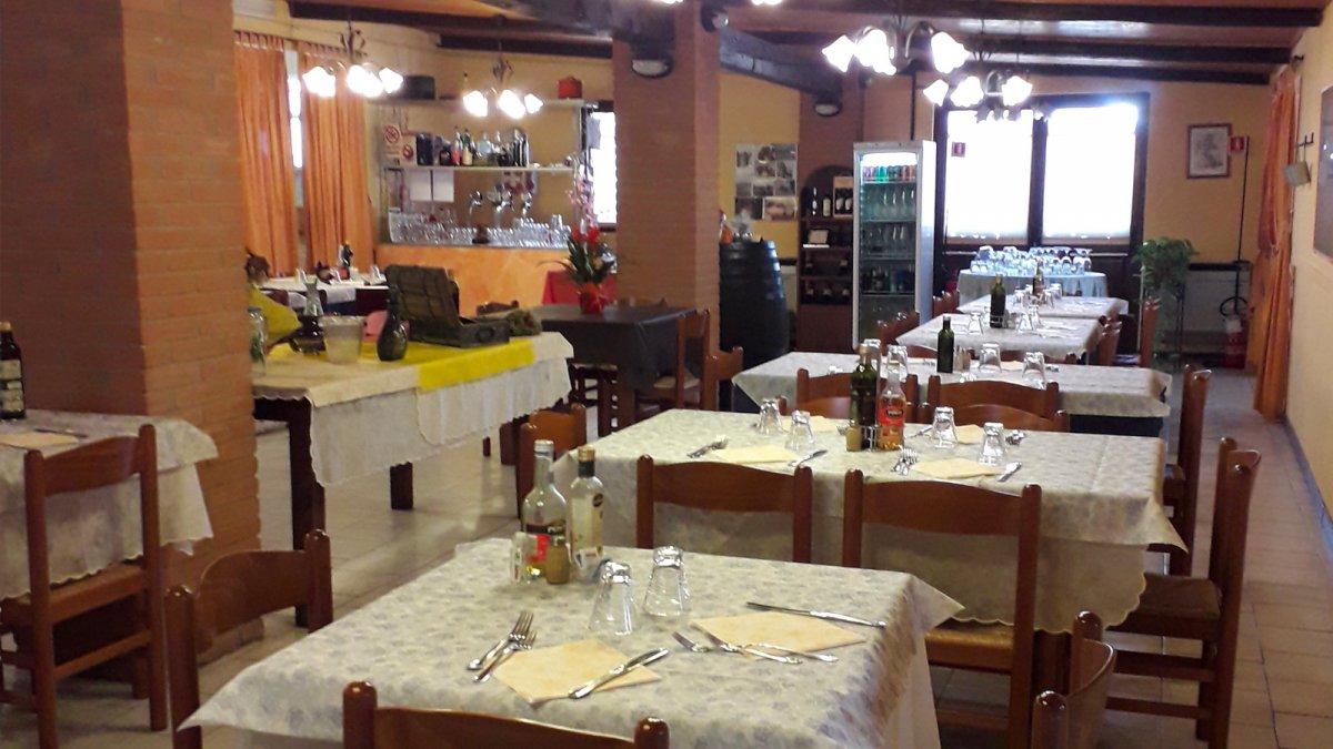 Ristorante la forchetta allegra cucina casalinga e tanta passione migliaro fe - Organizzare cucina ristorante ...